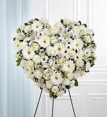 White Mixed Flower Solid Heart